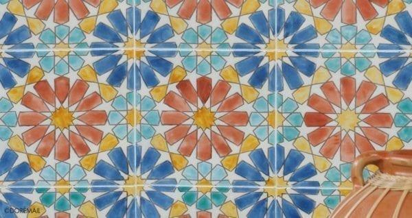 Carrelage peint main Doremail NOSTALGIA - motif MARBELLA ROUILLE - carreau méditerranéen 20x20xm
