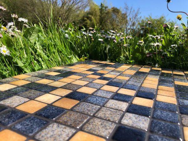 Mosaïque effet piscine Pierre de Bali - Reviglass PARADISE STONES coloris NATURAL SAND STONE